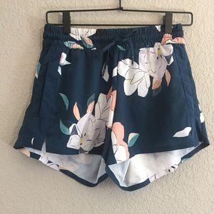 Athleta Navy & Like Pink Floral Shorts Size 0
